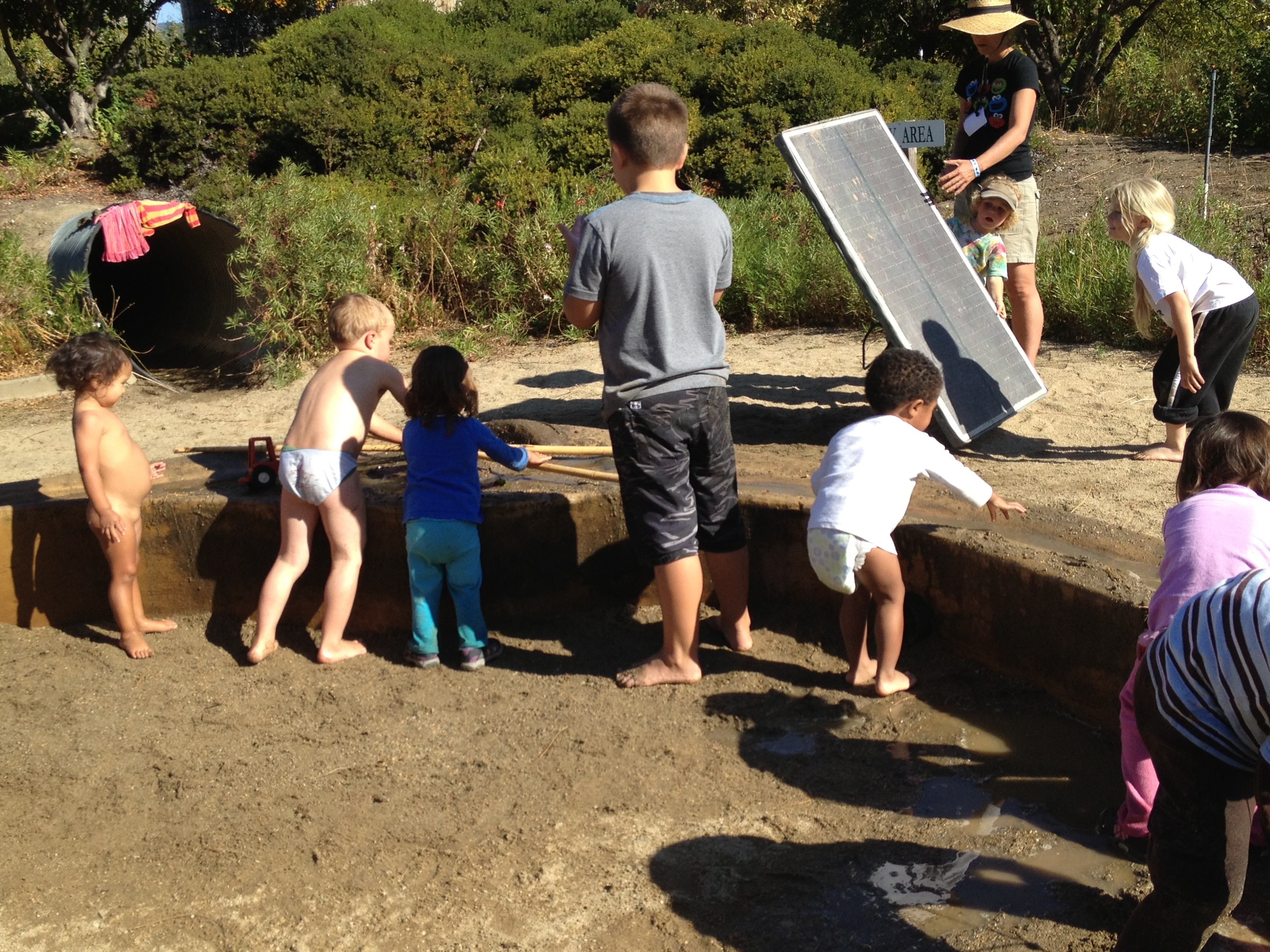 Kids Playing2568